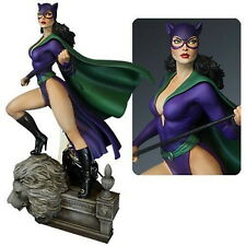 Statue Fully painted new in the box DC Super Powers Catwoman Maquette Statue