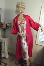 BEAUTIFUL SATIN ROSES ~ NIGHTGOWN & MATCHING ROBE - SMALL