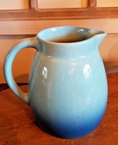 ROSEVILLE POTTERY ca.1953-54 RAYMOR TWO TONED CASUAL PITCHER  1 Qt. ~ R 15 - USA