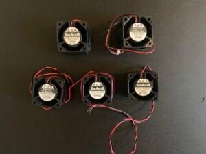 (5) Sanyo 109P0424H320 Brushless Fan 24VDC 0.095A Lot of 5