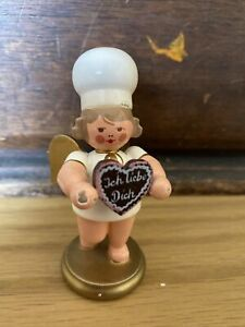 Rare Find! Erzgebirge Angel With Chef's Hat And I love you cookie