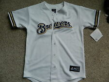 Milwaukee Brewers boys button up white Large jersey