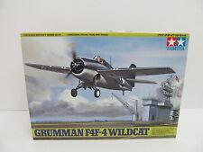 eso-11236Tamya 61034 1:48 Grumman F4F-4 Wildcat Bausatz geöffnet,