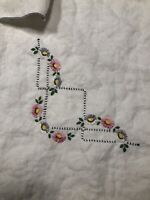"36"" Vintage Cloth Tablecloth W/pink &gray Embroidered Flowers + 3 Napkins"