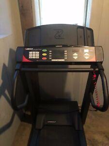 Landice L7 Treadmill used