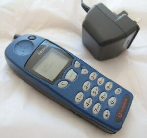 Nokia 5110 Blue Vodafone Cover Untested + Charger