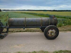 Wasserfass verzinkt 1000L auf Anhänger stabil mit abschließbarem Wasserhahn