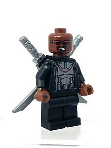 Exclusive Lego Blade Minifigure from 2021 Daily Bugle set #76178