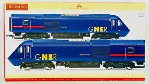 HORNBY 00 GAUGE - R2703 - GNER CLASS 43 HST TWIN POWER/DUMMY 43105 43113 BOXED