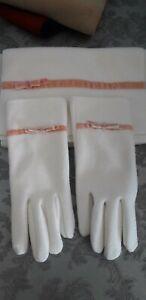 Ladies scarf and gloves set