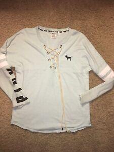 Woman's Pink Victoria's Secret Pullover Sweatshirt Sz S ( Fits Larger ) Blue