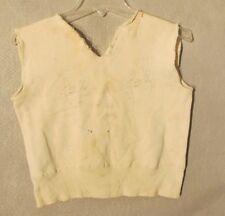 V6975 Vintage 1950's Double Cufoff Reverse Weave White Vest Basket Ball Print