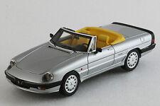Alfa Romeo Spider 1986 3a serie - Milena Rose - Décapotée - 1/43ème - Gris métal
