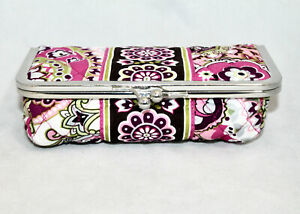 New VERA BRADLEY Kiss & Makeup Plastic Lined Cosmetic Case Very Berry Paisley