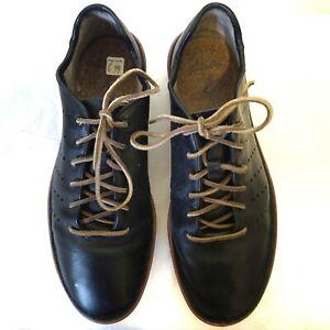 Men's Leather Lace-Up Blue Clarks Shoes Size 10