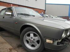 Jaguar XJ40 Right Hand Front Wing. No Rust. No Dents. HEV Green. 1986-1994