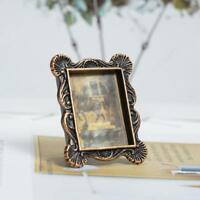 Mini Retro Photo Frame For 1:12 Miniature Dollhouse Bedroom Decor Low Price