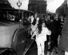 8x10 Print Beatles John Lennon Yoko Ono exiting Rolls Royce London #JL10