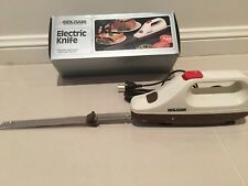 ELECTRIC KNIFE Goldair twin blades, 1 owner very good condition