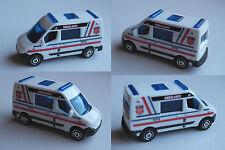 Matchbox - Renault Master Ambulance weiß Rettungswagen