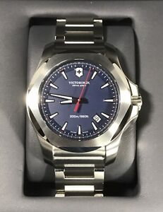 VICTORINOX INOX Swiss Army Men's Bracelet Quartz Watch V241724 20ATM 43mm