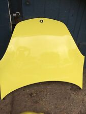 Smart 452 Roadster/coupe bonnet in Shine yellow