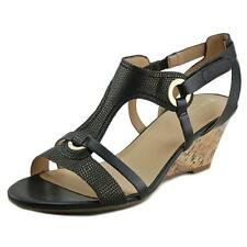 Sandalias y chanclas de mujer Naturalizer de tacón medio (2,5-7,5 cm) de color principal negro