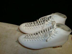 Riedell Women's Ice Skates with Sheffield Blades SZ 10 Brand New Never Worn