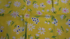 """Vintage Cotton Fabric DAISIES & FLORAL ON BRIGHT YELLOW 1 Yd/36"""""""