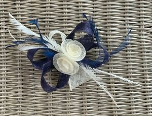 FASCINATOR. PERFECT FOR WEDDINGS, PROM. Black or Navy. Code 35