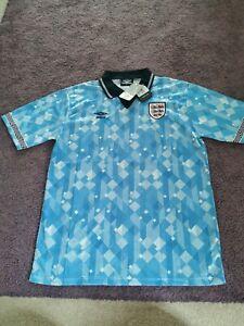 England 1990 3rd World Cup Italia 90 Retro Football Shirt.