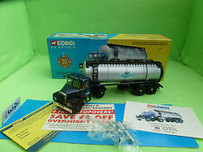 CORGI TOYS 16304 SCAMMELL HIGHWAYMAN TANKER TRUCK - EXCELLENT CONDITION IN BOX -