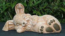 Steinfigur Hase schlafend Terrakotta, Garten Figur Deko Osterhase Osterdeko