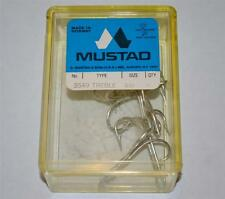 Mustad Size 4/0 Fish Hooks Treble 3549 Box of 5