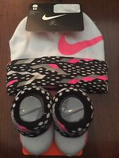 NWT--NIKE INFANT HAT AND BOOTIES-SIZE 0-6 MONTHS