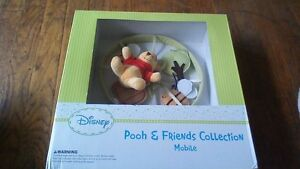 DISNEY POOH AND FRIENDS MOBILE BABY