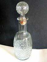 Clear Glass Cross Hatch Decanter Bottle Mogen David Wine 1982 w stopper FREE SH