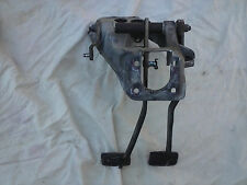 1987 91 FORD F150 F250 CLUTCH & BRAKE PEDAL ASSEMBLY 5 SPEED MANUAL transmission