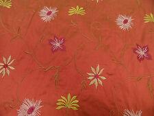 Tela von HILCO seda con bordado 135cm de ancho Multicolor