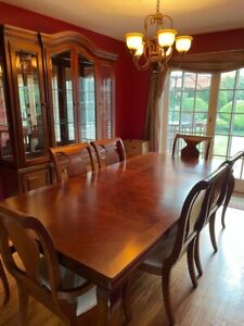 stanley dining room furniture set - includes chairs table and china.