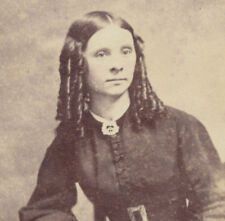 PORTRAIT OF BEAUTIFUL YOUNG WOMAN W/ LONG CURLS   BOOK - BOSTON, MASS