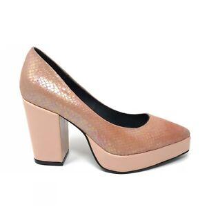 Mamut Women's Size 37 US Size 7 Iridescent Snakeskin Print Heels Coral Pink