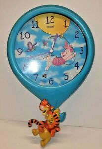 Winnie the Pooh Wall Clock Tigger Piglet Fantasma Disney Wall Mounted