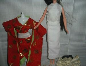 TOP BARBIE DOLL HAPPY NEW YEAR RED GOLDEN FLOWER PRINT KIMONO FASHION ACCESSORY
