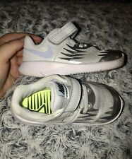 Toddler Nikes 7c