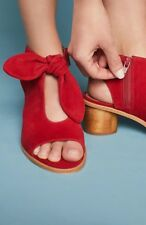 New Anthropologie Bernardo Luna Bow Shooties - Size 6