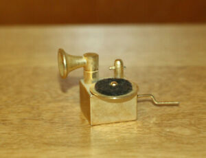 Dollshouse Miniature - Gramophone made by Siegl (24 carat gold plated), rare