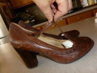 Frye Adrienne Stitch T-Strap Mary Jane Pump Shoes Brown Leather Heels 9.5 M