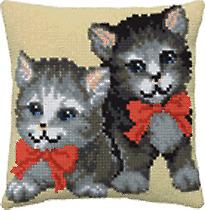 Kissen Stickpackung Sticken 40x40 cm Kätzchen Schleife Katze Katzen Kitten Cats