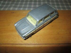 Corgi No.491 - Ford Consul Cortina Super Estate Car- Repainted-Unboxed